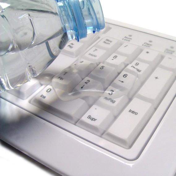 Teclado Perixx 511. Sumergible en líquidos. USB. Blanco.