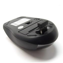 PERIMICE-707 Ratón Wireless. Negro brillo/mate. Detalle nano receptor integrable